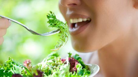 corbis-dieta-insalata-bocca
