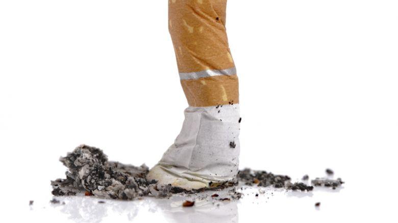 Il fumo smesso di un organismo è sgomberato