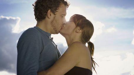 Coppia che si bacia