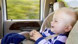 neonato in auto