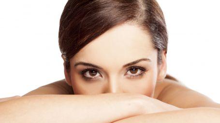 viso donna contorno occhi