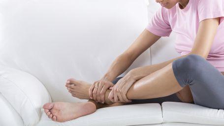 Edema: sintomi, cause e trattamento del gonfiore