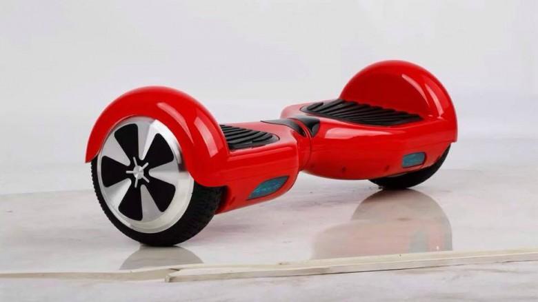 Ecco l'hoverboard, lo skateboard 2.0