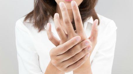 mani dolore
