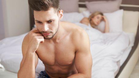 coppia a letto