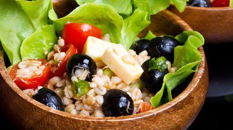 insalata di cereali e olive