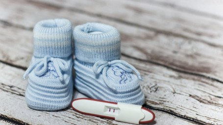 Cosa fare quando il test di gravidanza è positivo