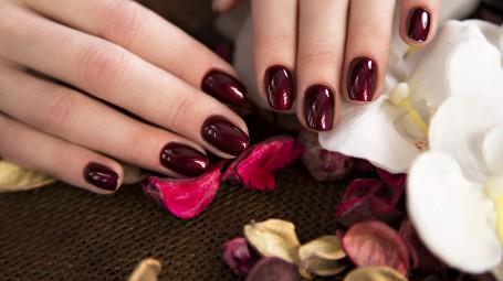 Consigli per la cura delle unghie