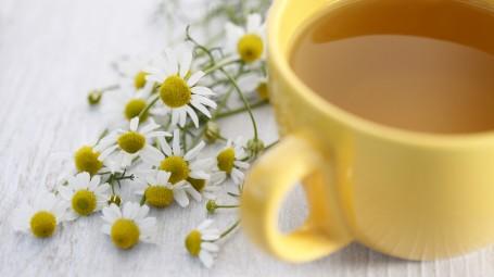 7 rimedi naturali contro il mal di stomaco