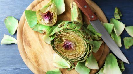 Insalata di carciofi, funghi, pera e pecorino – La ricetta