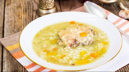 Zuppa di pollo al limone – La ricetta