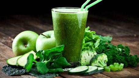 5 estratti di frutta e verdura per dimagrire