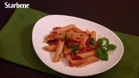 Pasta risottata al pomodoro e basilico - Video ricetta