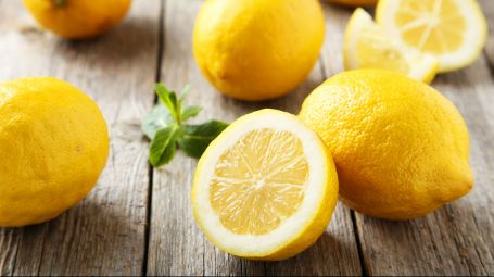 Antiage: con la scorza di limone combatti l'invecchiamento