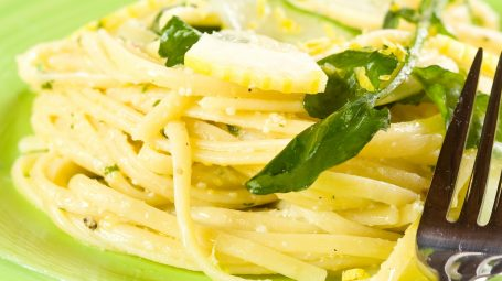 Ricette vegetariane: linguine al limone