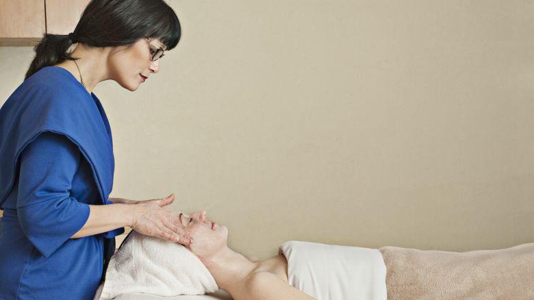 Mal di schiena in gravidanza: come fare - Starbene