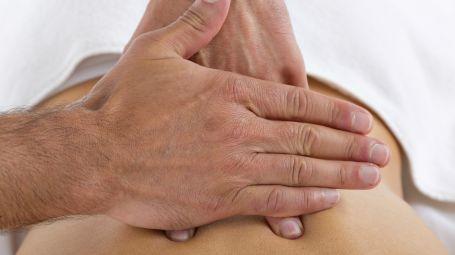 Osteopatia, ecco perché è utile per la salute degli over 65