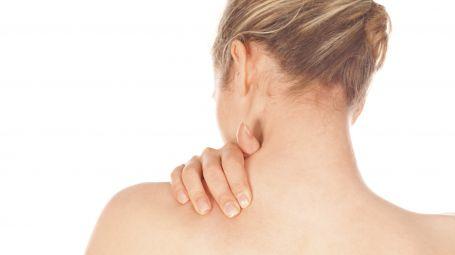 Dolore alla spalla, cause sintomi, cosa fare