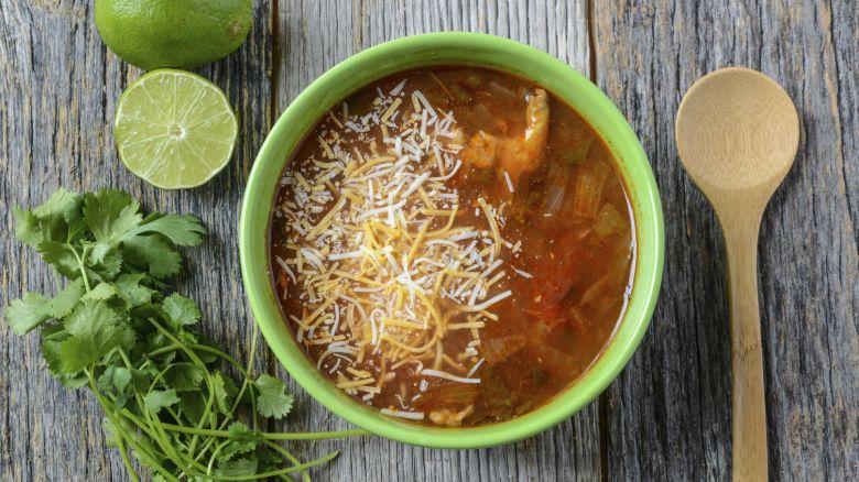Dieta Settimanale Per Dimagrire Pancia E Fianchi : La dieta della zuppa come dimagrire in inverno starbene