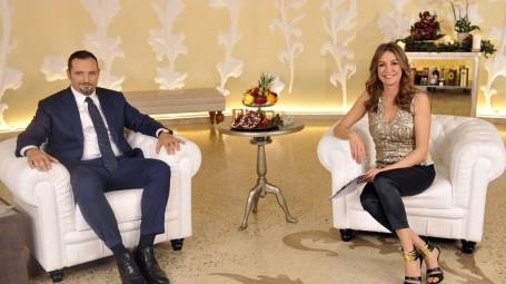 Il gastroenterologo Silvio Danese e la conduttrice Tessa Gelisio