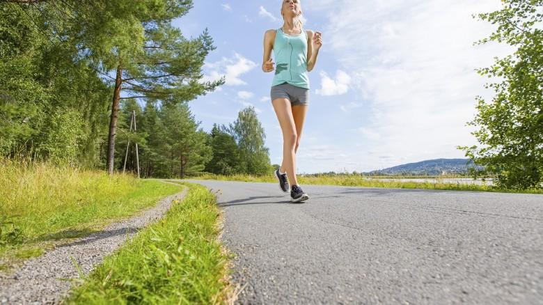 Camminare per trovare la pace interiore: tutti i benefici
