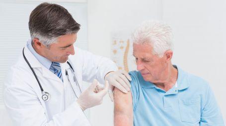 6 vaccini importanti per gli adulti
