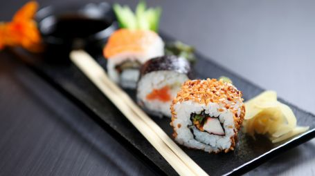 Sushi: siamo sicuri che questo piatto sia sempre salutare?