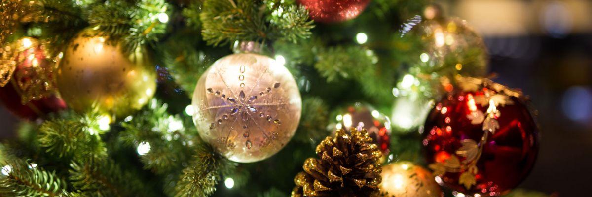 Addobbi Natalizi Quando Farli.4 Segreti Per Un Albero Di Natale Davvero Magico