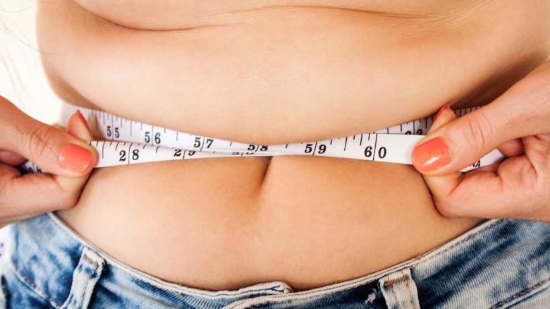 come ridurre il grasso corporeo sotto i 15 anni