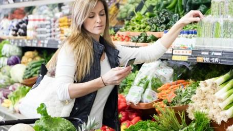 donna spesa dieta sana
