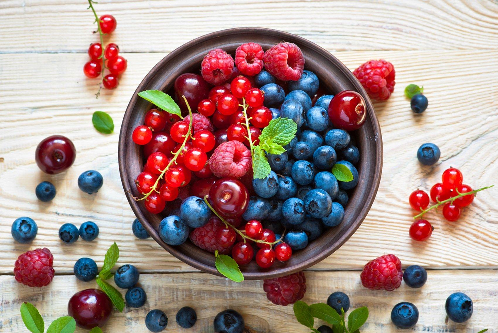 gli alimenti accelerano il metabolismo bruciano i grassi