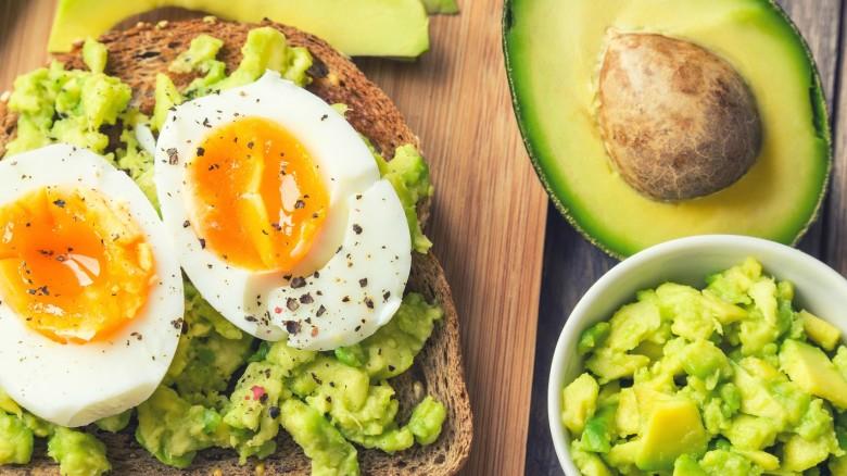 perdere peso senza colazione o cena