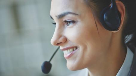Gli esercizi per parlare bene e allenare la voce