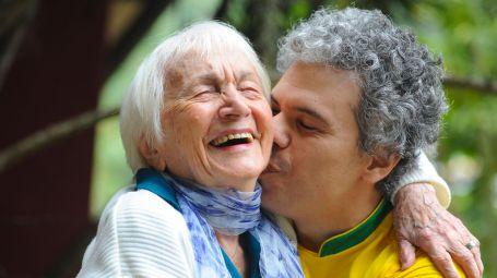Alzheimer, diagnosi e sintomi: come riconoscere la malattia