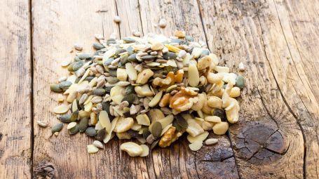 mucchietto di semi misti