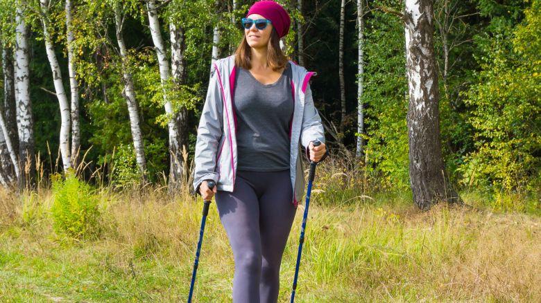 Dimagrire: perdi peso e bruci i grassi con il nordic walking