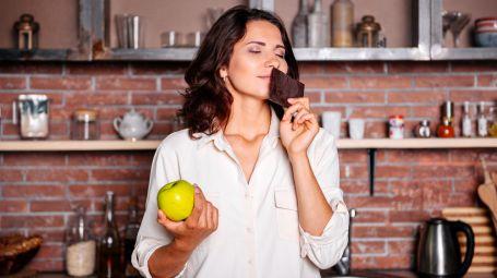 5 cibi che influenzano l'odore della pelle