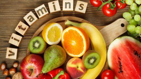 Vitamine e dosi giornaliere: tutto quello che devi sapere