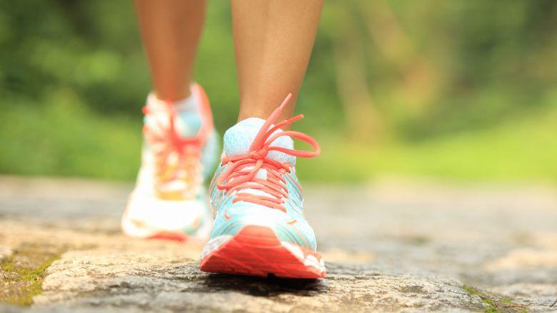 Camminare bene: contro il mal di schiena fai il check del passo