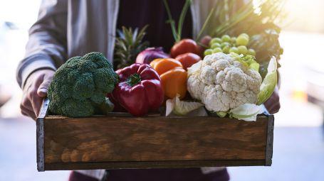 Consegne a domicilio e piatti pronti: in aumento le scelte sane e light