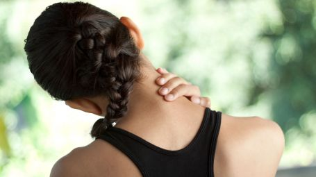Come curare la cervicale con l'omeopatia
