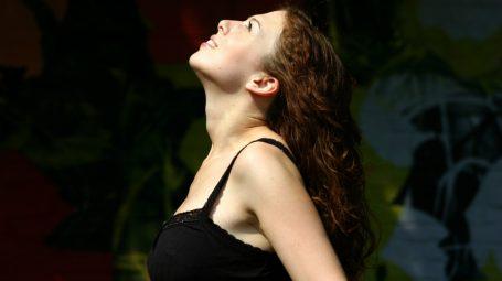 Metodo feldenkrais: l'esercizio per liberare la schiena da tensioni e dolori