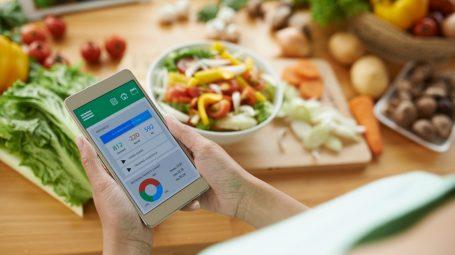 Dieta e rinunce: come fare per rispettare il limite delle calorie