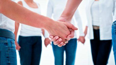 Dating online per il recupero di alcolisti