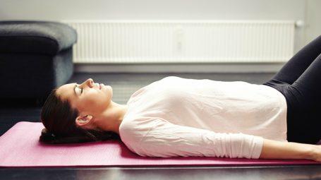 Digestione difficile: 3 esercizi per tornare a digerire bene