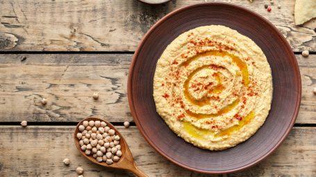Hummus: non solo ceci. Ecco 4 varianti
