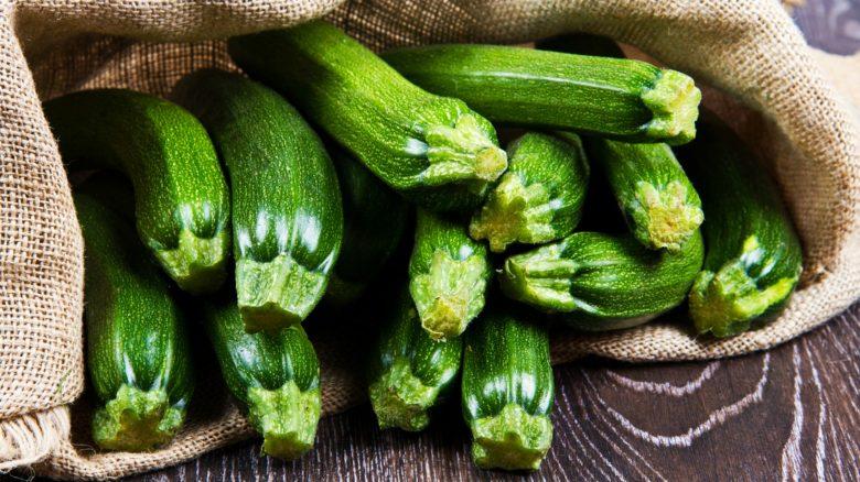 Zucchine: proprietà, benefici, come cucinarle - Video