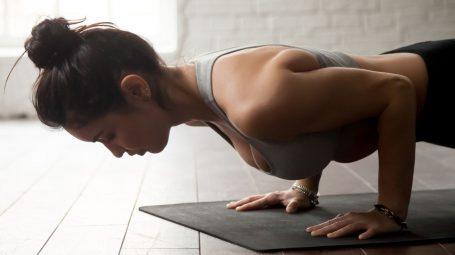 In forma con gli esercizi funzionali da fare a casa