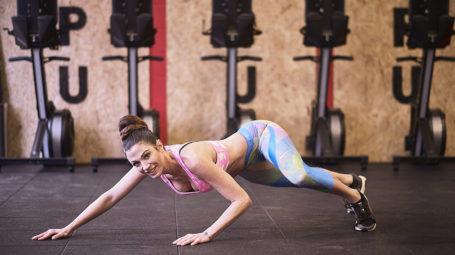 Crawling, l'allenamento contro la cellulite che modella gambe e punto vita