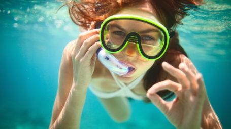 Snorkeling: come immergersi in apnea e spostarsi velocemente